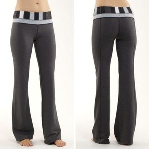 Lululemon athletica groove pants size 2